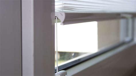 plissee montage plissees rollos in mietwohnungen lieber bohrfrei