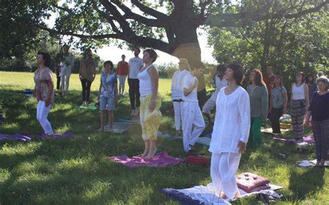 2263054669 le yoga du corps et yoga du corps subtil pranavital
