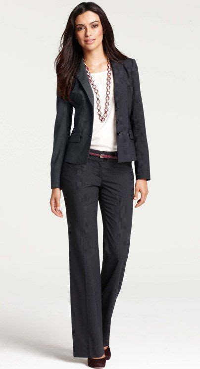 summer business attire for women basic dos and donts well accessorized suit x ann taylor skirt the ceiling
