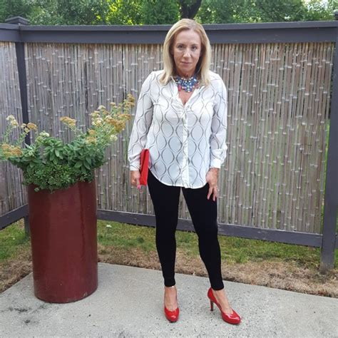 how to dress after 50 how to wear leggings when you re over 50 better after 50