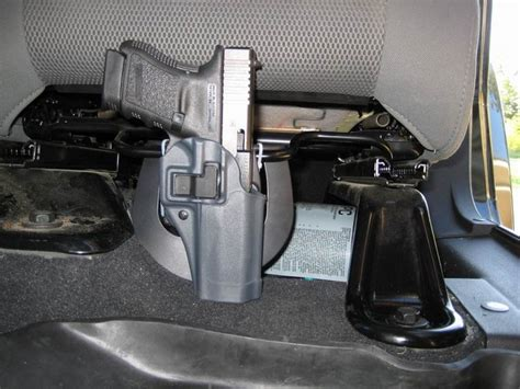 post pics of how your gun is holstered to your jeep