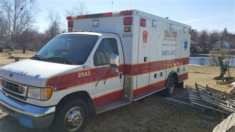 1997 ford e350 ambulance for auction municibid 1997 ford e 450 xlt dual rear wheel road rescue ambulance online government auctions of