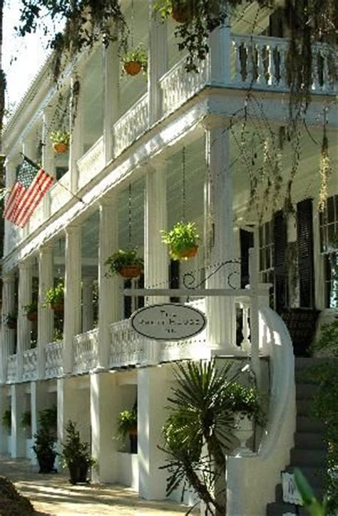 southern style house favorite places and spaces pinterest the rhett house inn beaufort south carolina favorite