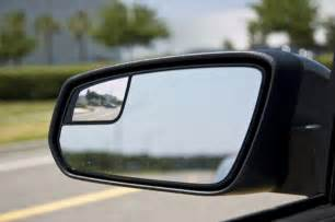 Small Blind Spot Mirror New Car Mirror Eliminates Blind Spots With Physics