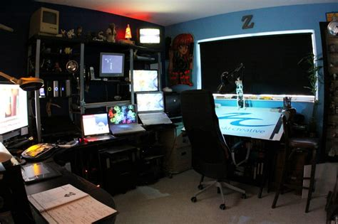 15 Envious Home Computer Setups Inspirationfeed Graphic Design From Home