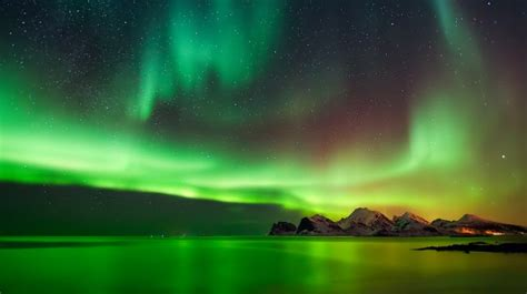 best of year to view northern lights in alaska when and where to see northern lights on iceland bookmundi