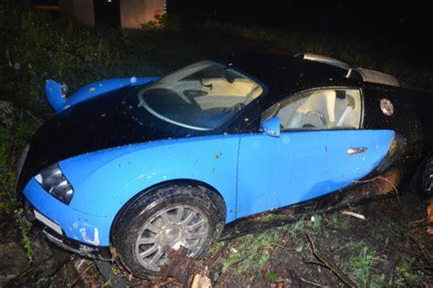crashed bugatti veyron for sale bugatti veyron 16 4 crashed in austria