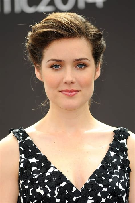 megan boone backward flow haircut megan boone tattoo picture of megan boone
