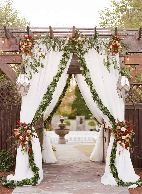 southern charm meets modern glam for this wedding backdrop ideas southern charm wedding
