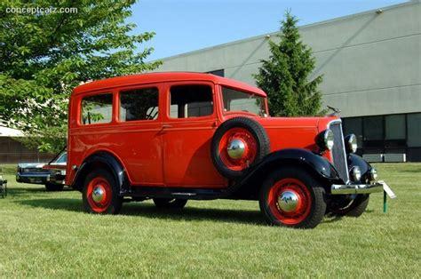 1935 suburban sweet automobile