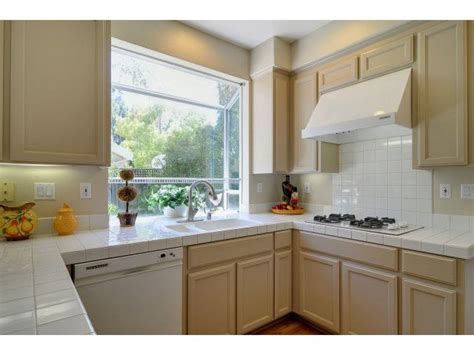 gardenweb kitchen cabinets 1000 images about beige kitchen cabinets on pinterest