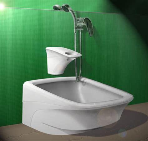 Safe wash: Feet Basin ensures safety and comfort!   Hometone