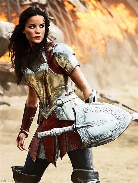 thor movie girl lady sif jaimie alexander i can t get enough of her outfit