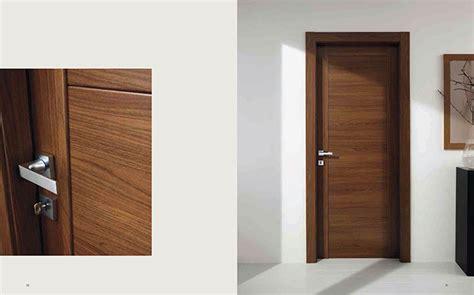 modern interior italian door with magnet hinged door