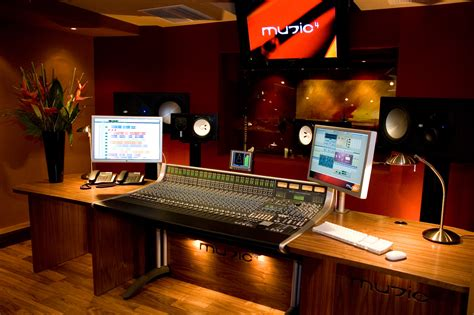 Room 2015 Free Details Associated With Home Recording Studio