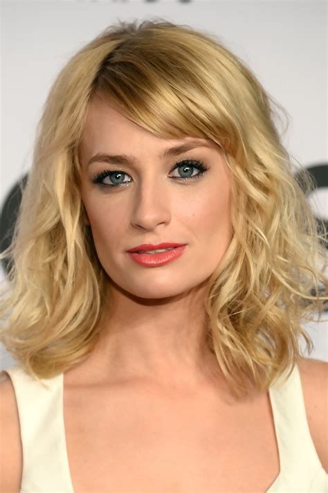 Beth Behrs Hairstyle Wavy Medium | medium length hairstyles for evening hairstyle galleries