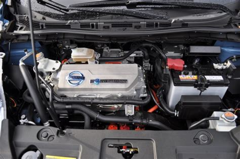 small engine maintenance and repair 2011 nissan leaf electronic valve timing electric car maintenance a third cheaper than combustion vehicles