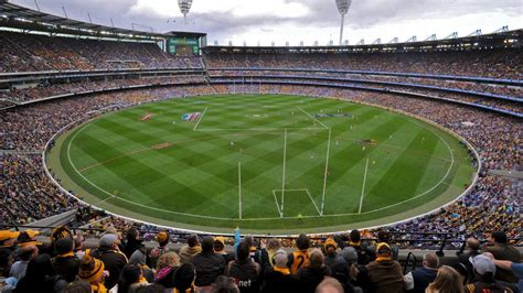 what is the seating capacity of the mcg melbourne cricket