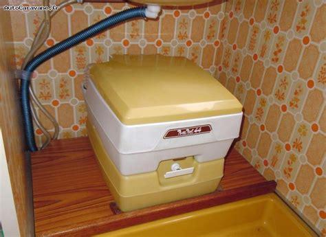 toilette chimique caravane installer un wc chimique dans une caravane