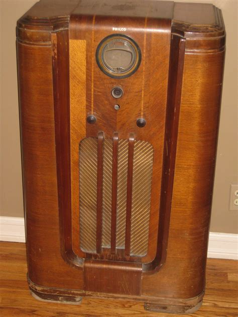 Vintage Floor Radio vintage 1940s philco floor radio