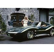 Farrah Fawcetts Foxy Vette To Be Offered At Barrett