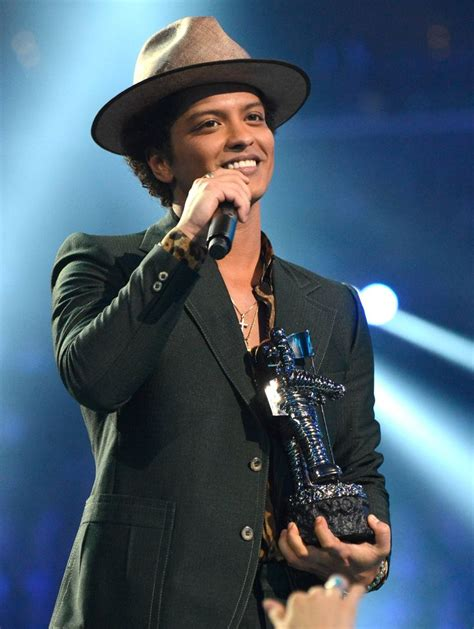 bruno mars wikipedia the free encyclopedia 1000 ideas about mars on pinterest outer space nasa