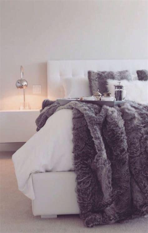 Fuzzy Comforter by The 25 Best Fuzzy Blanket Ideas On Nephews