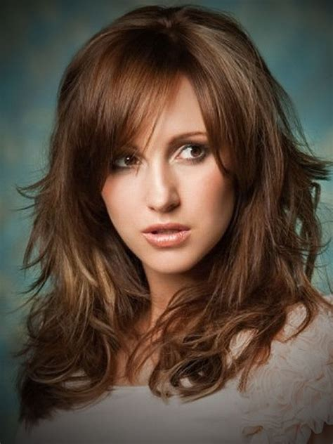 med to long layered hair cuts for bigger gals hairstyles for medium long hair with layers hairstyle