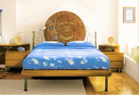 comodini in ferro battuto e legno excellent letto in ferro battuto e legno con comodini