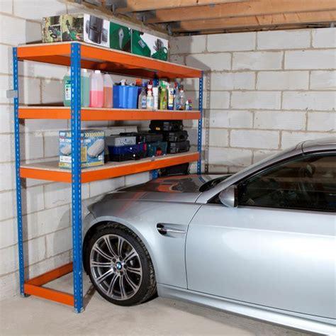 scaffali da garage come organizzare lo spazio in garage