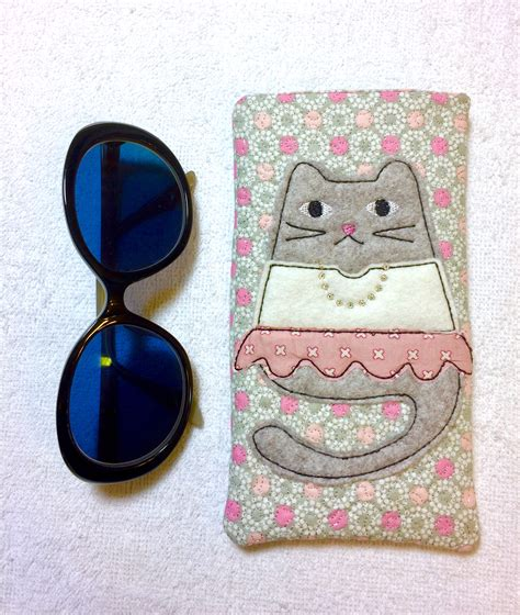 embroidery pattern holder ith project glasses case cell phone holder quot tabbytha