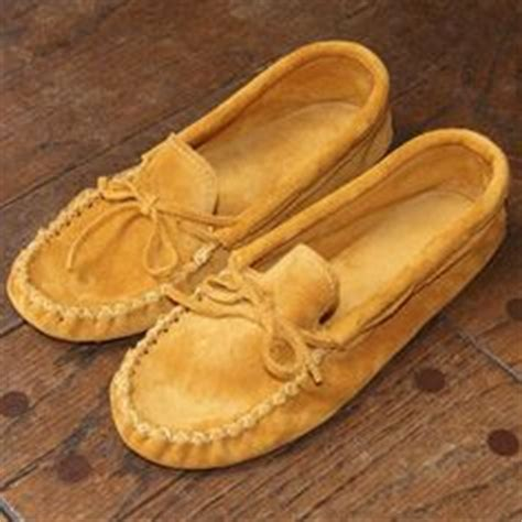 Handmade Moccasins Canada - s moccasins on moccasins suede leather
