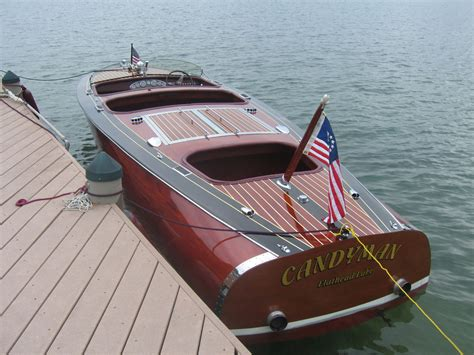glen l boats decking the icing on the cake boatbuilders site on