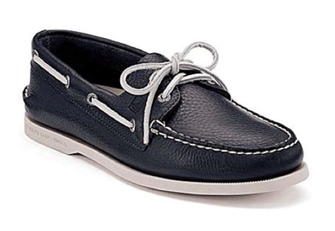who has the best boat shoes why the world has loved sperry since 1935