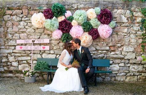 5 ideas para decorar fiestas con papel 5 ideas para decorar tu boda con pompones de papel de seda