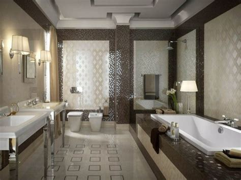 badezimmer fliesen klassisch badgestaltung ideen mosaikfliesen muster motive klassisch