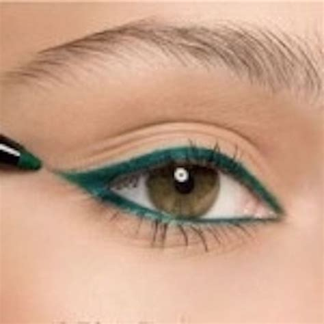 eyeliner tutorial with pencil 17 best ideas about pencil eyeliner tutorial on pinterest