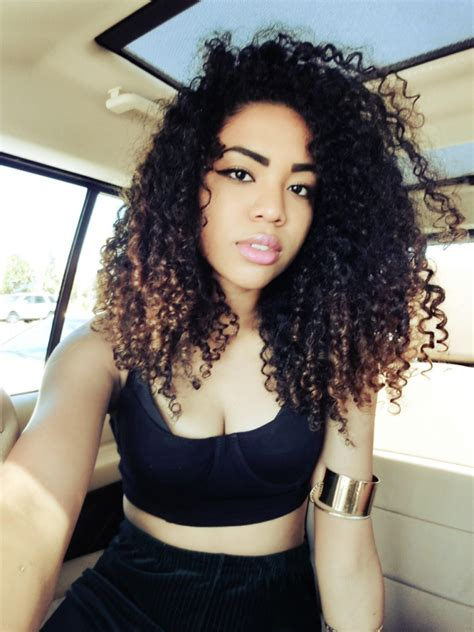 pretty alcoholic curly hairstyles swag www pixshark com images