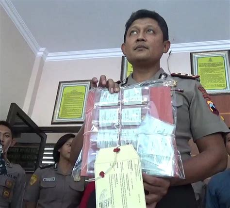 tomy adi wibowo facebook man arrested for alleged investment scam in surakarta