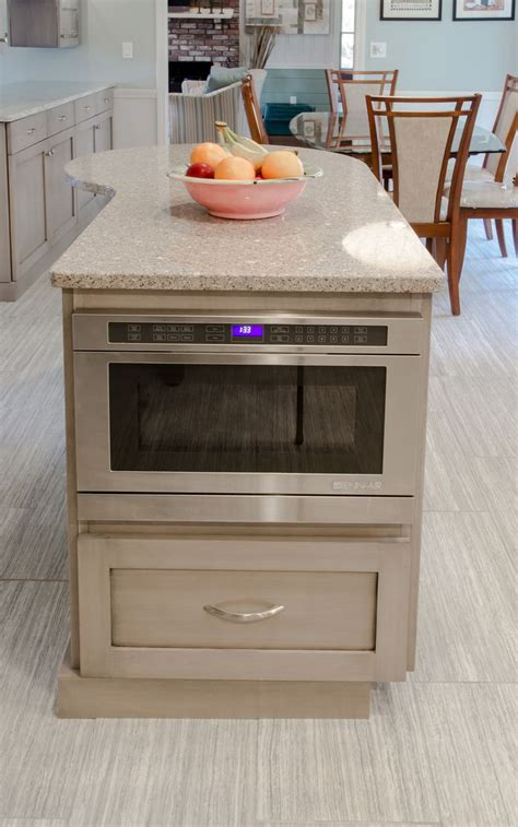 kitchen island with microwave drawer 25 best ideas about built in microwave on pinterest