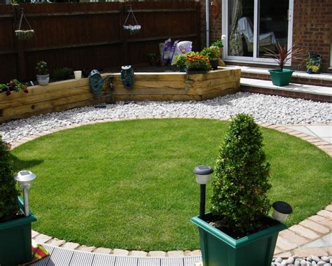 Small Garden Design Ideas Uk Small Garden Design Debbie Carroll