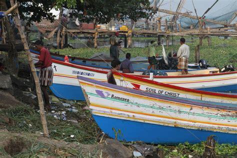 fishing boat engine in india fishing boats india travel forum indiamike