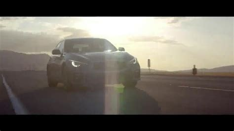 qx60 commercial actress infiniti qx60 tv commercial summer in the driver s seat