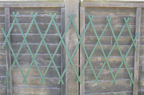 Expanding Garden Trellis Fence Plastic Expanding Fence Garden Trellis Panal Pvc Fencing 1