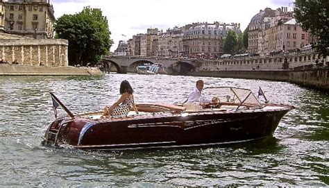 paris boat paris luxury boat private boat tours 2018 all you need