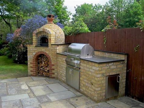 forno per pizza da giardino forno da giardino a legna tante idee e soluzioni per