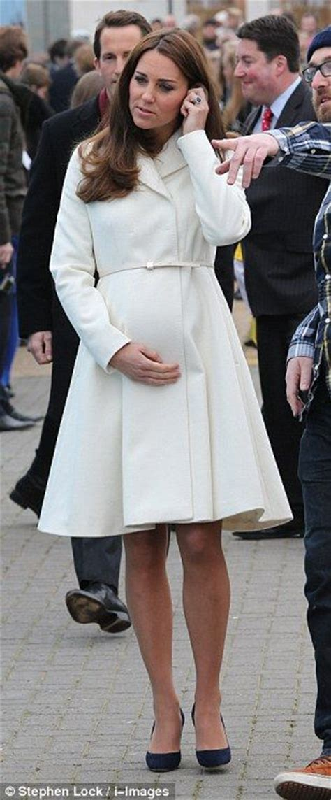 princess kate pregnant 25 best ideas about kate middleton fashion show on