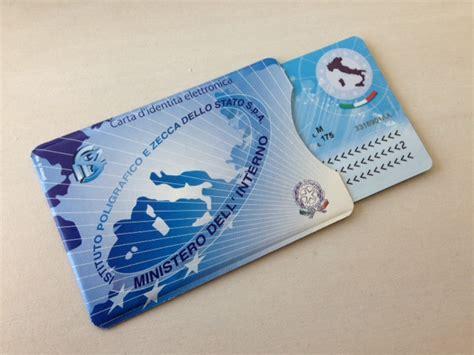 ufficio anagrafe frosinone ladispoli dice addio alla carta d identit 224 cartacea