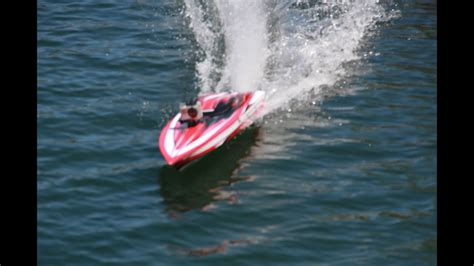 rc boats exploding traxxas spartan rc boat running video explosive ending