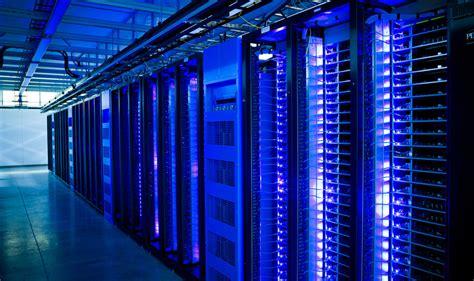 Rak Komputer Server contoh makalah mau tahu dalemannya data center